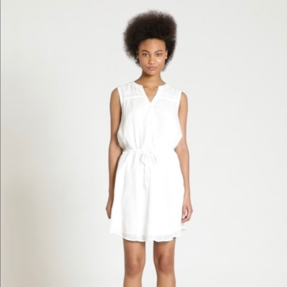 GAP Dresses & Skirts - GAP • EYELET CRINKLE LACE SHIRT DRESS WHITE
